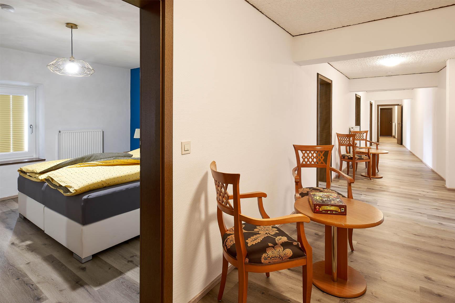 Ferienhaus Mosel-Herberge Schlafbereich mit Flur
