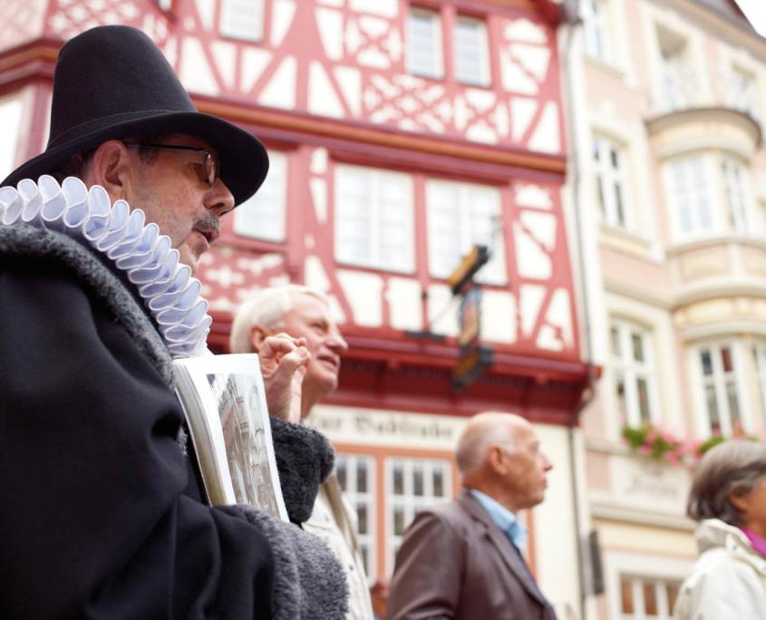 Stadtführung mit dem Bernkasteler Doctor auf dem Marktplatz